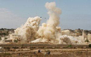 Egypt's Army demolishes Rafah buildings to create a buffer zone